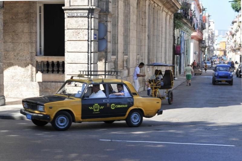 Un taxi dans la vieille ville