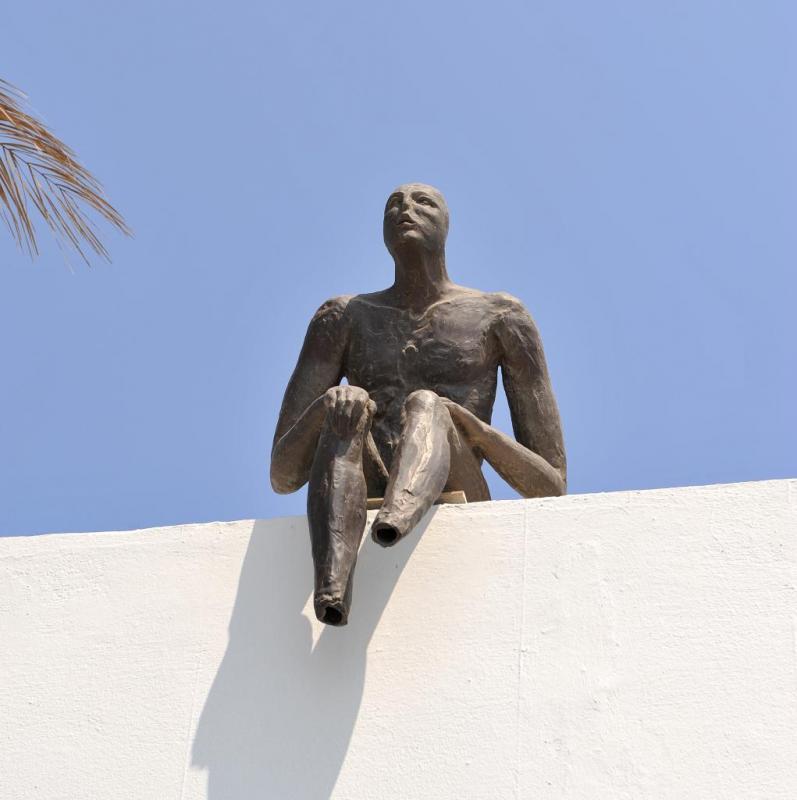 Encore de l'art, partout dans le monde..ici à Fira
