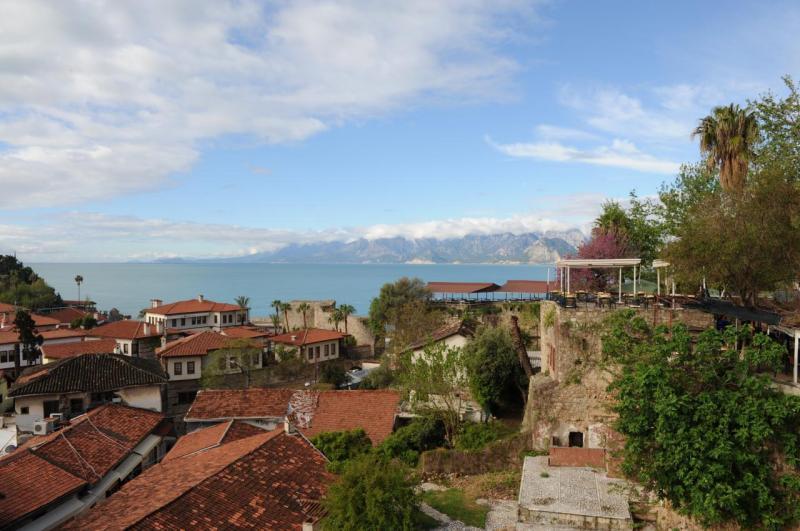 Vue sur la vieille Antalya